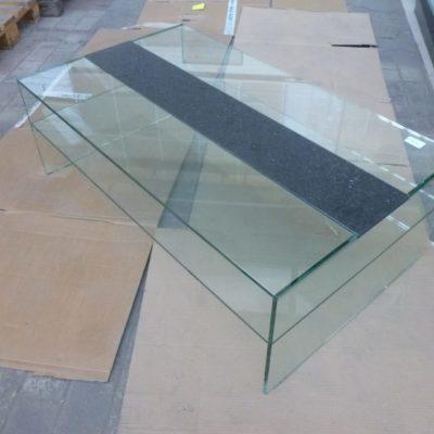 Gebroken Glas Salontafel.Glazen Salontafel Van Gebroken Glas Met Metalen Poten De